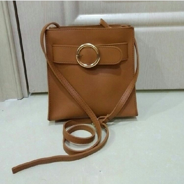 Made Lily Leather Tote Bag Hitam .