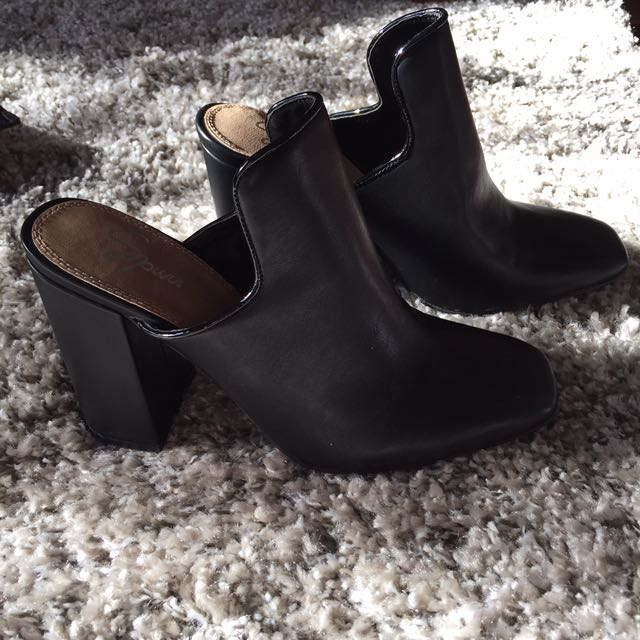 SPURR - Black mules