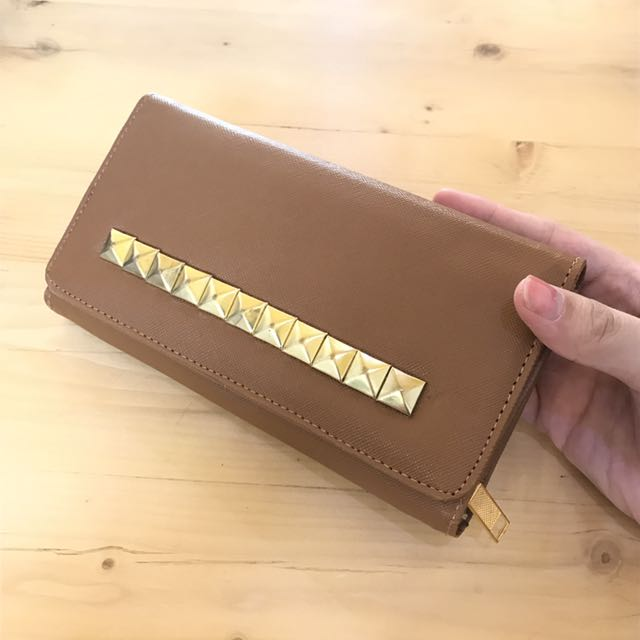 STUD DOMPET FASHIONABLE!!!