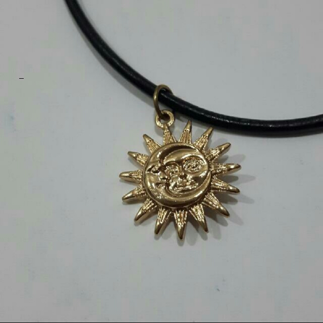 Sun And Moon Choker Necklace