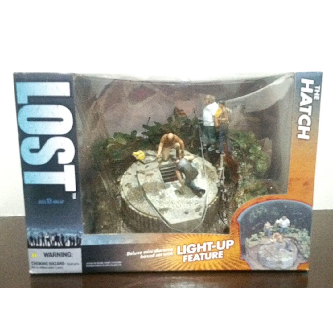 Todd McFarlane Lost tv series rare Hatch diorama and action figures