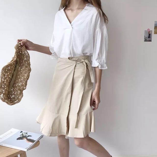 溫暖氣質V領上衣+卡其色一片裙 綁帶 蝴蝶結 仙女