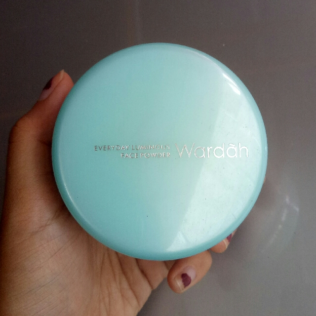 Wardah Everyday Luminous Face Powder (natural)