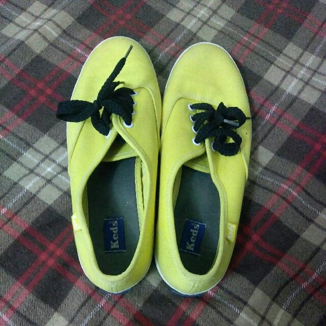 Yellow Keds Size: 6.5
