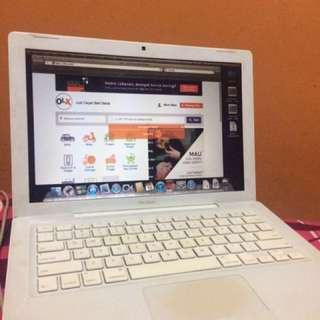 [REPRICE] Macbook White Mid 2009 13''