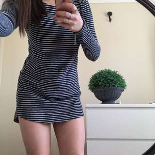 Basic Striped Long Sleeved Dress