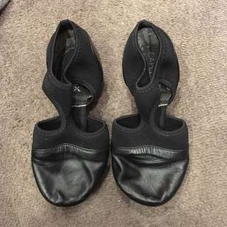 CAPEZIO T-BAR JAZZ SHOES