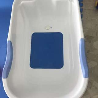 Baby Bath Tub Large Size - Good condition