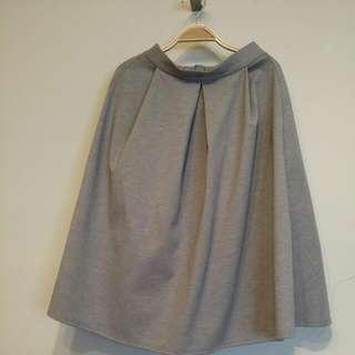 灰色中長裙