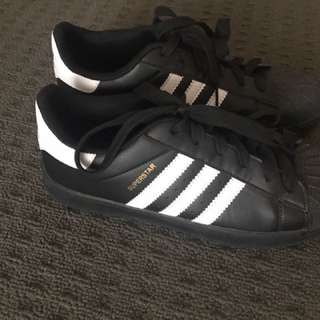 Faux Adidas Shoes New Without Tags