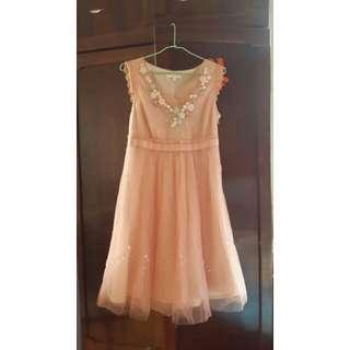 Chaber 粉色無袖網紗洋裝