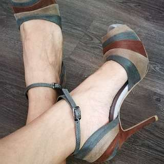 FREE Shipping: Peep Toe Ankle Strap Heels by Janylin, 6.5