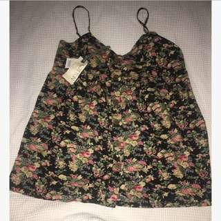 Cotton on floral button up top size l