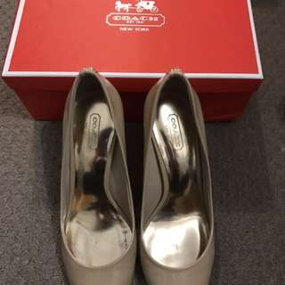 Authentic Coach Nude Heels