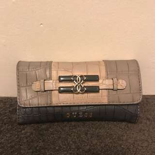 Genuine Guess Wallet - Neutrals