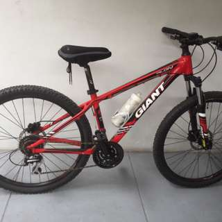 Giant Talon 4 Mountain Bike