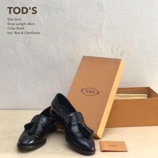 Sepatu TOD'S