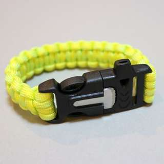 Paracord Bracelet With Blade