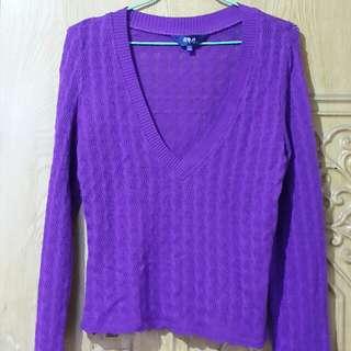 荷雅婷紫色針織上衣