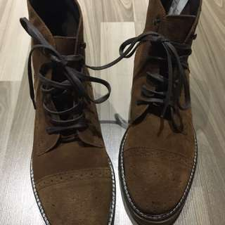 Esprit Cow Leather Lace-up Boots