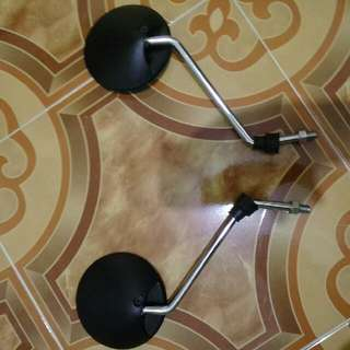 Classic look motorcycle side mirrors