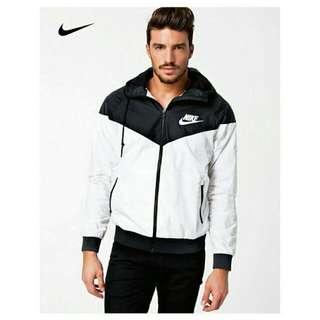 限量出清🌴 PRESENT21★ Nike Windrunner 🌠耐吉運動輕薄款防風 夾克外套
