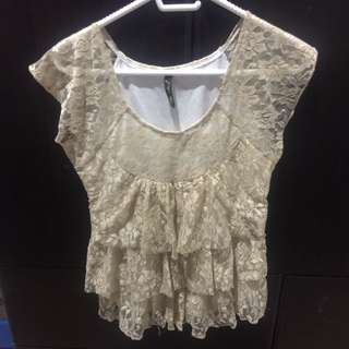 Lacey top / blouse