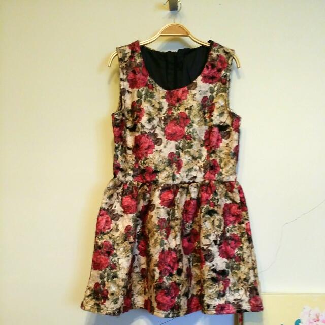 特殊材質小洋裝