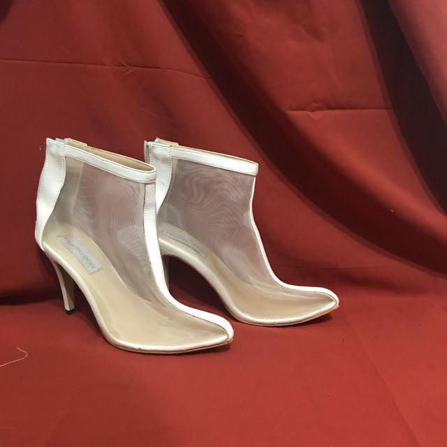 透膚白色高跟鞋  尺寸38.39.40
