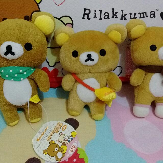 景品 娃娃 吊飾 圍巾 背包包 穿襪襪 Rilakkuma 拉拉熊 懶懶熊 輕鬆熊 鬆弛熊 啦啦熊