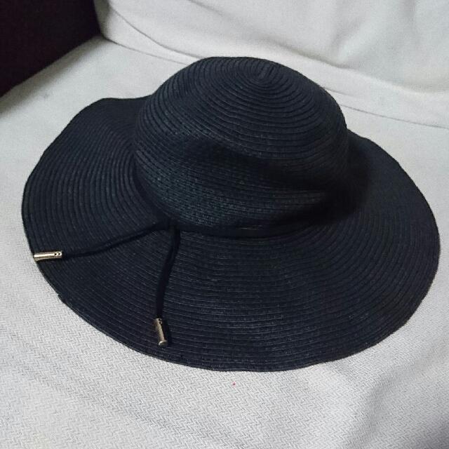 Auth H&M Hat