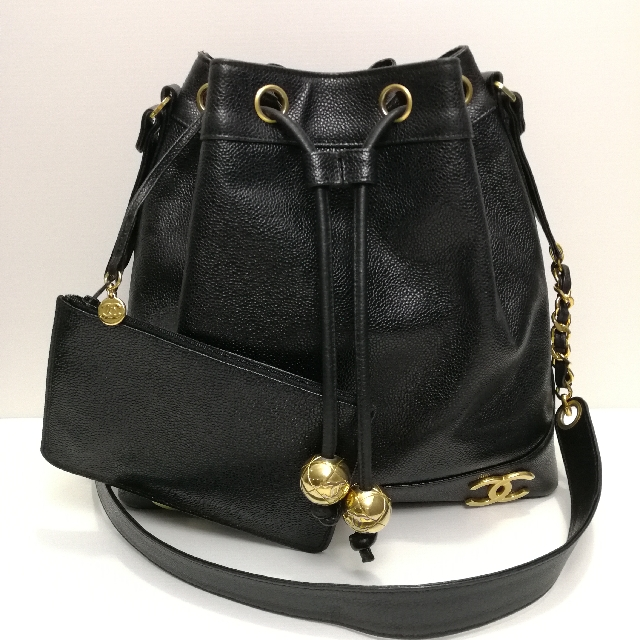 8790a8751f6eef Authentic Chanel Vintage Drawstring Bucket Bag, Luxury, Bags ...