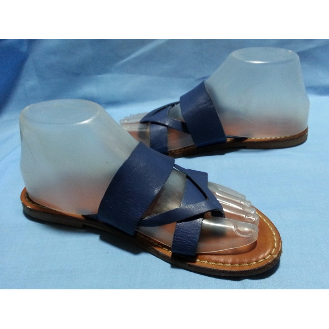 Authentic GAP Multi-thong Sandals Size 37 EUR, 6USA