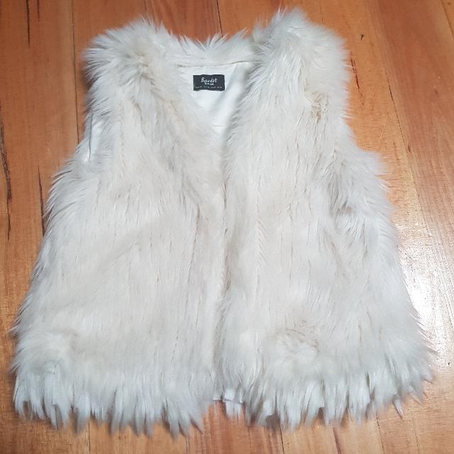 Bardot Girls Size 8 Faux Fur Vest