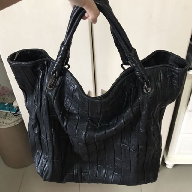 Black Bag Bottega Veneta
