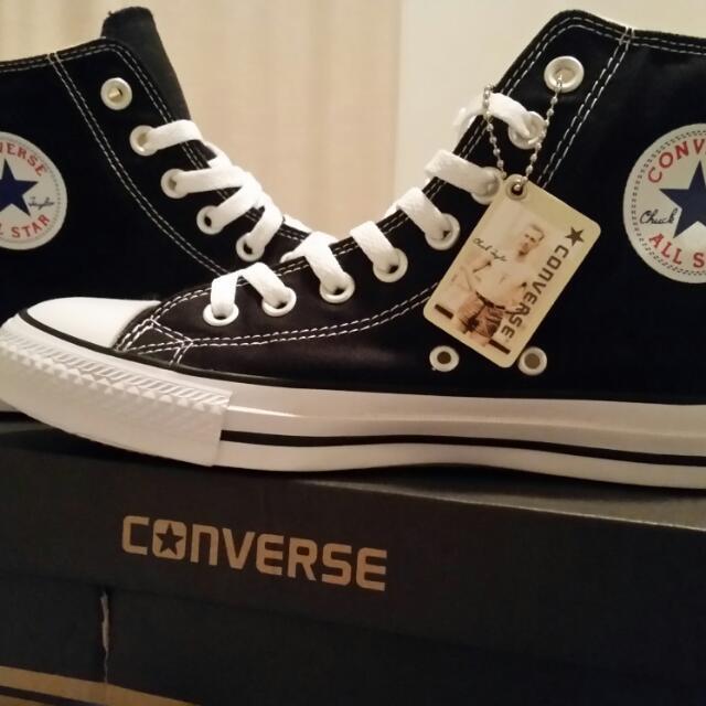 BNWT Converse Chuck Taylors
