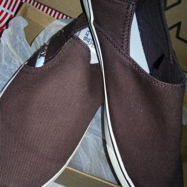 Brand New GBX Shoes (Brown)