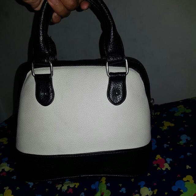 BRUNBRUN sling Bag
