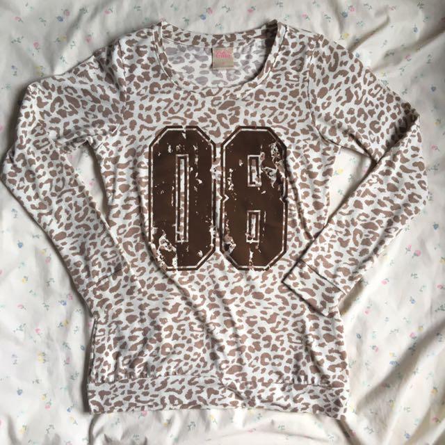 Crissa Leopard Pullover