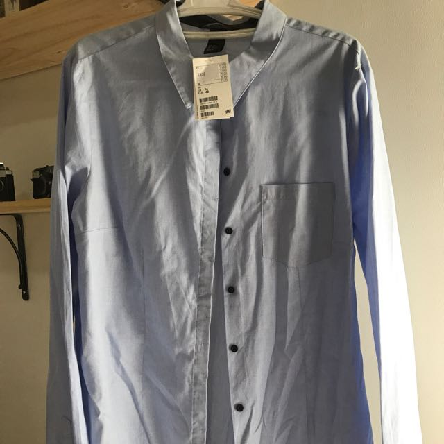 H&M Light Blue Buttoned Long Sleeves Top