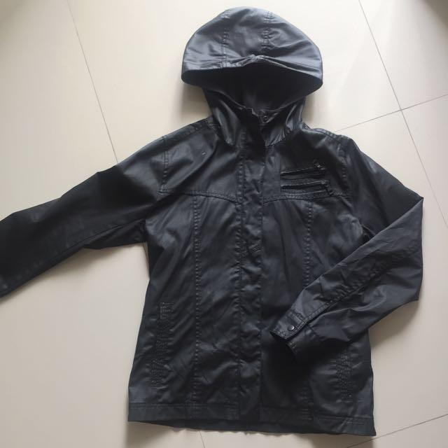 Jaket UNIQLO Coated Cloth Jacket