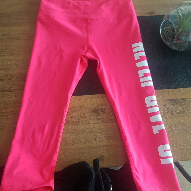 Lorna Jane Never Give Up Tights Size Small