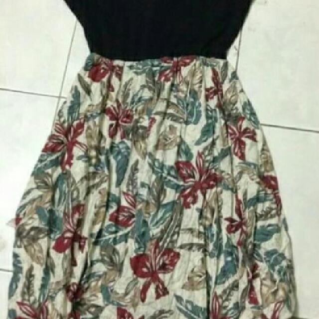 Maxi Dress V-Neck