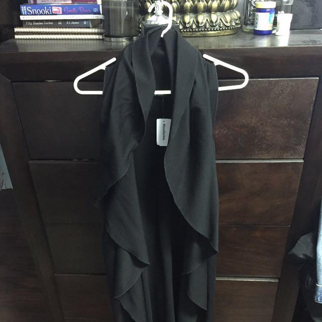 Mendocino sleeveless cardigan