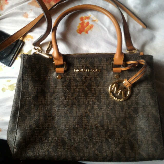Repriced!Michael Kors Two Way
