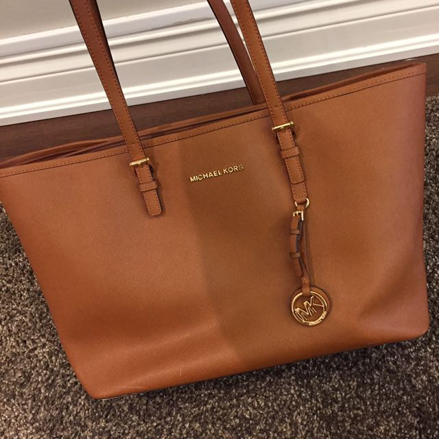 Michael Kors Brown Jet Set Travel Leather Bag