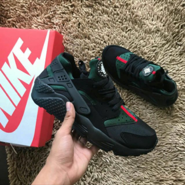 buy popular ca75d 8b9f5 Nike Huarache Gucci