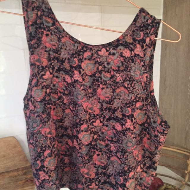 Nuew Singlet Top In Iconic Floral Print