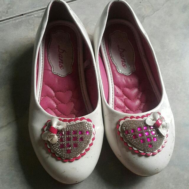 Sepatu Size 30