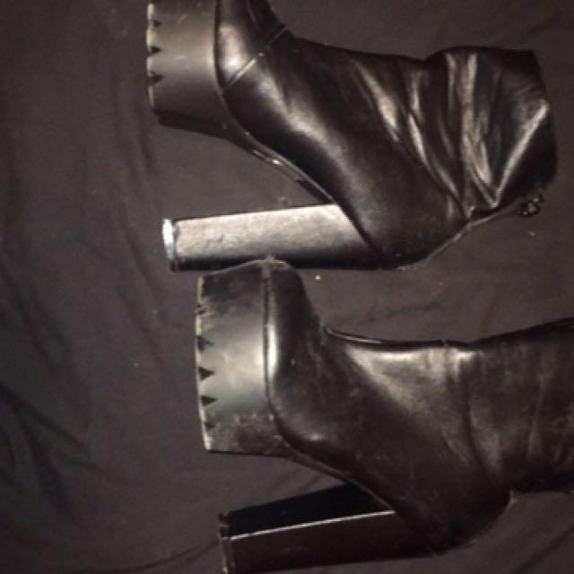 Stilleto Heels Size 6